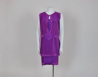 20s dress / Marvelous Magenta Vintage 1920's Embroidered Silk Dress