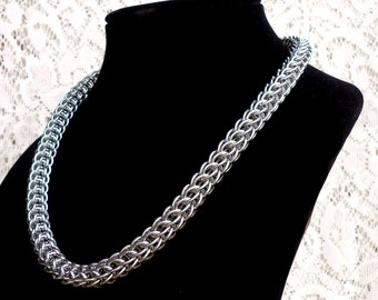 Persian Chainmaille Necklace, Persian Necklace, Chainmaille Jewelry, SCA Necklace, RenFaire Jewelry, Shiny Bracelet, Wire Jewlery