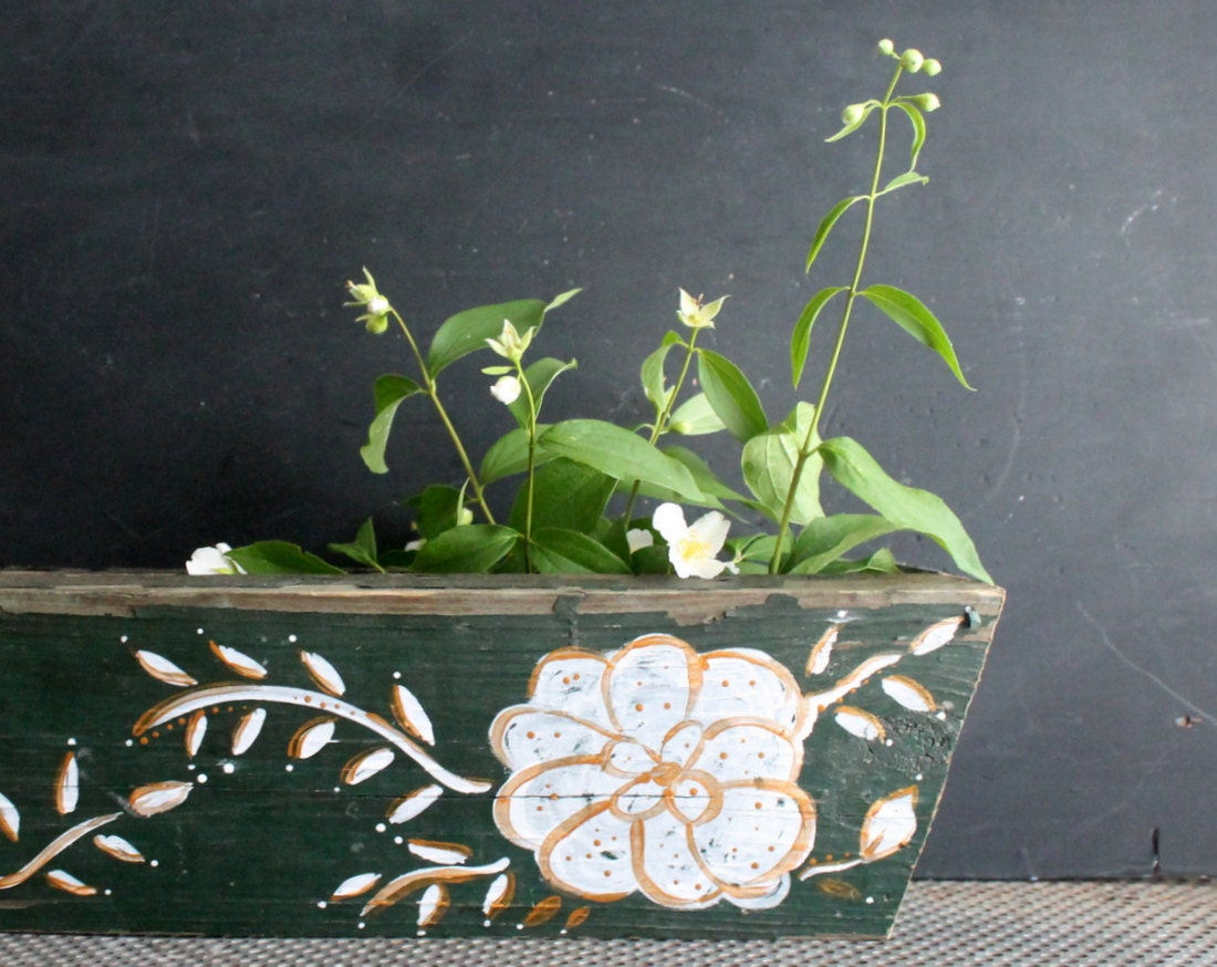 Vintage Look Dark Green Indoor Window Sill Box Planter
