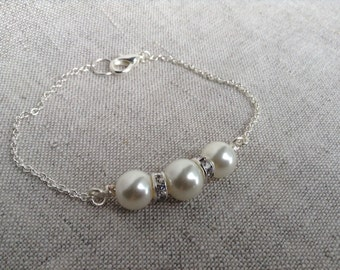 Pearl and Crystal Bracelet, Bridal Jewelry, Bridesmaids Gift