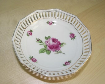 Vintage Schumann Bavaria Germany reticulated pierced small bowl pink roses serve ware desktop accessory