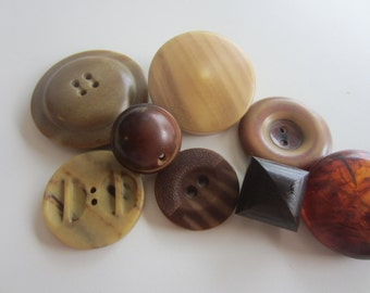 Vintage Buttons - Lot of 8 Mid Century Modern assorted brown novelty, Bakelite, Lucite and celliloid, novelty, 50's Retro, (june 30)