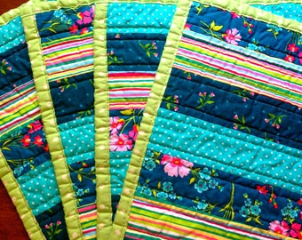 Quilted Placemats - Set of 2,  4, or  6  Placemats made from 100% cotton - Peacock Floral