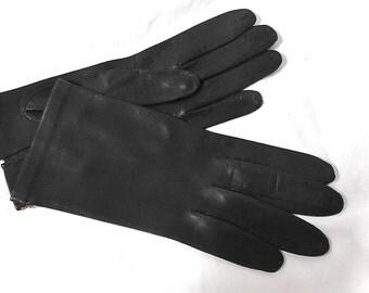 Vintage Ladies Black Leather Gloves