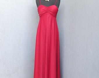 1970s RED Maxi Dress / Boho Sundress, Hostess Dress, Knit Maxi Dress / Med 9/10