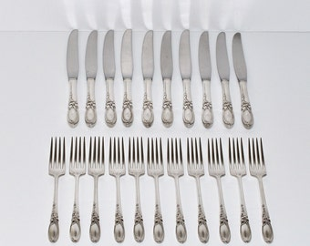 Vintage Community Silverware White Orchid Pattern Dinner Knives & Forks, circa 1953, Set of 21