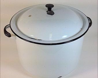Vintage white enamel chili cook pot kitchenware
