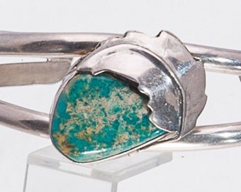 Carico Lake Turquoise - 70s Sterling Navajo Cuff Bracelet