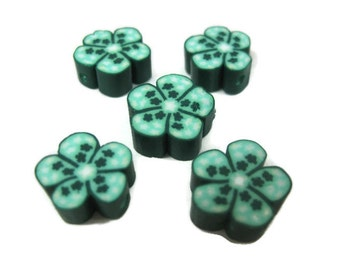 12mm Polymer Clay Flower Beads with Stars in Green Set of 5