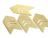 10 Raw Brass Arrow Stamping Pendant Tags with Chevron 1 Hole (15x30x0.60 mm) (B0082)