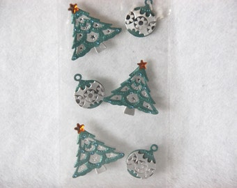 Cardmaking embelishments - Christmas trees and balls in metallic green and silver - 2,5 to 3,5 cm size
