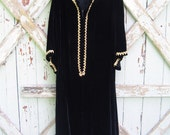 Barsarobe black velvet dashiki robe dress - L XL