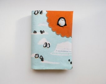 Penguin waddle - Fabric Passport Cover