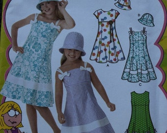 Simplicity 4721 Lizzie McGuire Girl's Dress with Bodice Variations and Hat in  Size 3-6 (uncut)