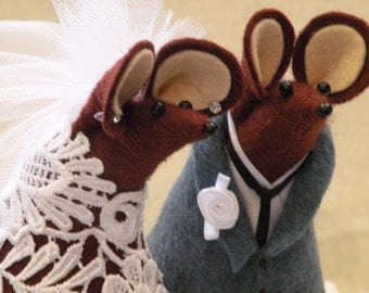 Mr and Mrs Mouse Wedding Cake Topper decoration