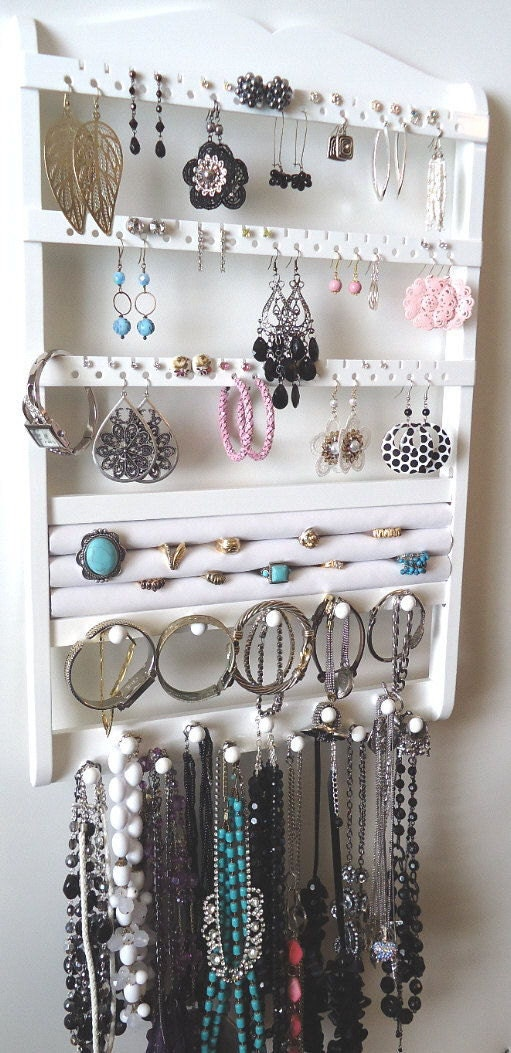 white jewelry holder wall mounted earring by