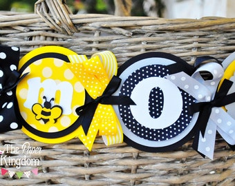 Bumble Bee High Chair Banner ,Deluxe High Chair Banner, Bumble Bee Birthday Party Decorations