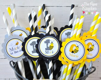 Bumble Bee Paper Straws, Bumble Bee Personalized Straws, Bumble Bee Birthday Party - Set of 12