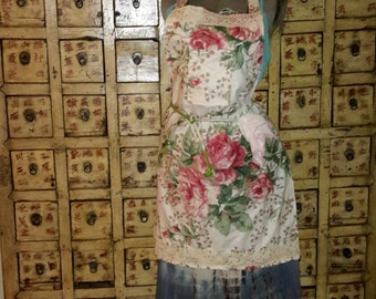 Apron Chintz Cotton Cabbage Roses Lace Accents Cottage Chic With Lace Edged Hankie by artdesignsbydanielle