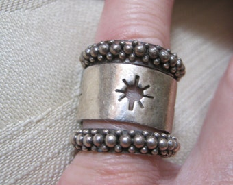 Vintage sterling silver wide ring, sterling wide band ring, sz 6 sterling ring,   sterling band ring with perforated stars