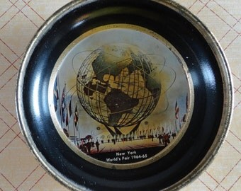 New York Worlds Fair Tip Tray Featuring the Unisphere from the 1964 1965 Worlds Fair