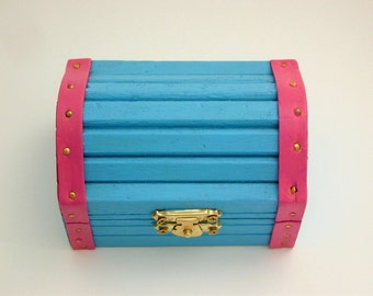 Painted wood box-wooden treasury jewelry box-trinket ring stash box-treasures-keepsakes-collectibles-turquoise hot pink Miami colors-gifts