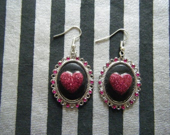 Pink sparkly heart on black gothic lolita pink rhinestone embellished oval cameo earrings