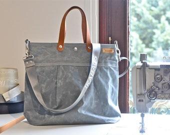 Unisex WAXED CANVAS Messenger bag  // TOTE / Diaper bag Light Gray / Leather straps / Men messenger / Travel bag/Diaper bag/ Vogue g1
