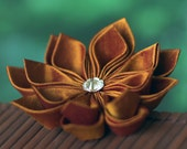 Topaz flower brooch, gold silk pin, tsumami kanzashi, dupioni, Autumn, Fall, wedding, mother of the bride, groom, usher, UK, handmade