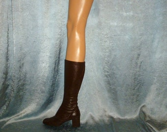 Vintage 60's - Paputsi of Greece - Espresso Brown - Stitched Leather - Tall - Side Zip - Hipster - Go Go - Boots - marked size 5
