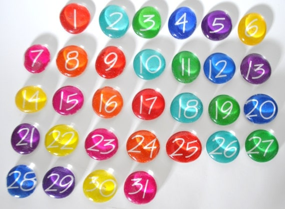 LARGE - 31 number magnets or push pin calendar set, 2017 perpetual calendar, school teacher, you choose your own colors