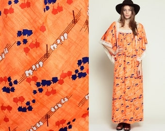 Bohemian Maxi Dress Hippie 70s BIRD on a Wire Print Caftan 1970s Boho Lace ANGEL Sleeve Vintage Long Kimono Orange Novelty Large XL