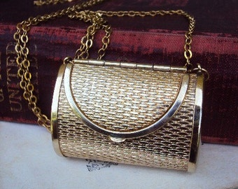 Vintage Change Purse Pendant Locket Necklace Long Gold Plate Chain Mod Modernist Costume Jewelry