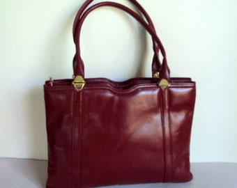 Vintage 1970's Purse // Deep Red Burgundy Leather Handbag