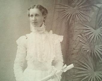 antique photograph, victorian photograph, vintage photograph, victorian woman, victorian costume, dated 1898