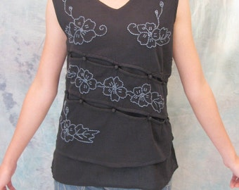 SALE 29 USD--B201-- Cotton vest with flowers embroidery
