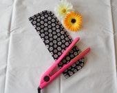 Hair Straightener/Curling Iron Heat-Resistant Cover - Black with White and Red Daisies