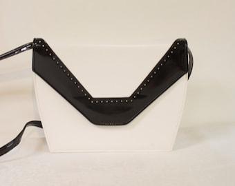 Vintage 1960s White and Black Color Block Handbag