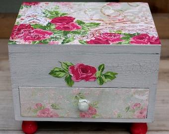 Handmade Roses Jewelry Box Vintage Style