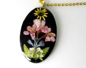 Midnight Sun, Pressed Flower Jewelry, Real Flowers, Necklace,  Resin (1662)