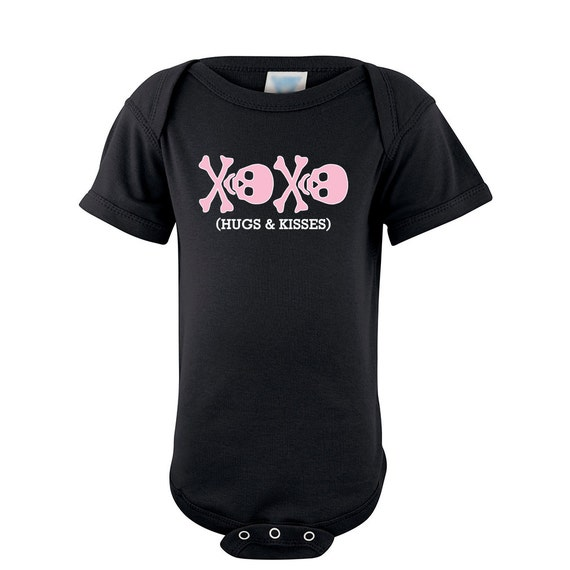 Baby Girl Pink Skull XOXO Hug and Kisses Print Soft Cotton Bodysuit Snapsuit Creeper Romper Shower Gift Present