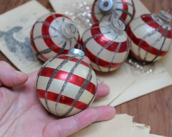 5 Glass Christmas Ornaments Patriotic Glitter West Germany Tree VINTAGE Mercury Big Hand Painted VINTAGE by Plantdreaming