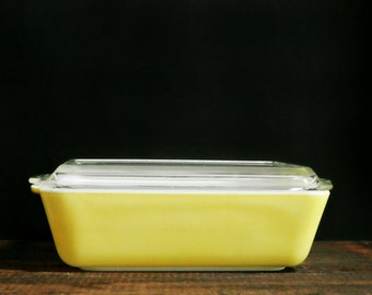 Yellow Pyrex Casserole Dish, Vintage Ovenware, Baking Dish, Pyrex Refrigerator Dish, Retro Kitchen