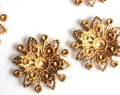 5 Vintage 1950s Filigree Flowers // 60s 50s Flower Finding  // Brass // Craft Jewelry Supply // NOS // Starburst // Rhinestone Setting