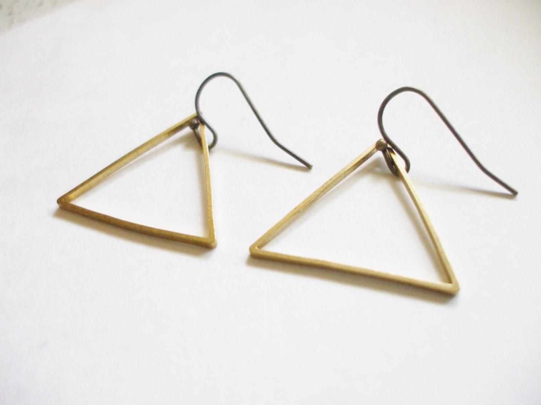 simple dangle earrings triangle brass earrings sexy. Black Bedroom Furniture Sets. Home Design Ideas