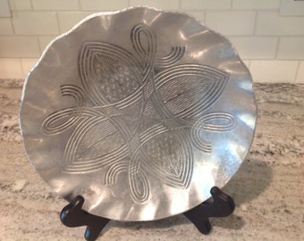 Vintage Hammered Aluminum Dish Canterbury Arts with Celtic Knot Pattern