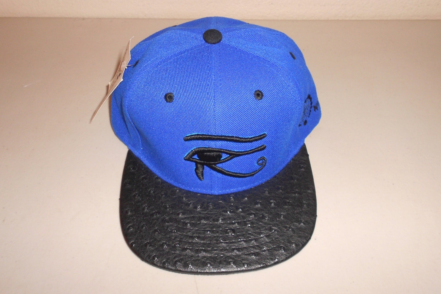 eye of horus hat