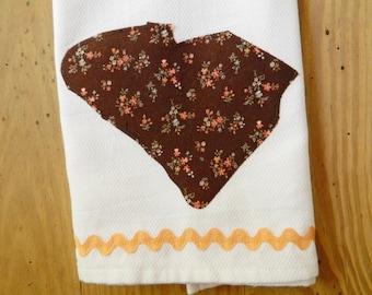 ON SALE:  8 was 10!  South Carolina State Dish Towel, hostess gift, state pride, custom