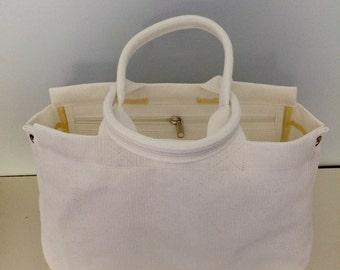 Large Vegan Mesh Nonie Tote Bag w/Zip Pocket