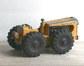 Vintage Hubley Diesel Tractor Truck Yellow Die Cast Rare 505 58